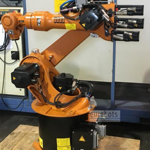 kereskedési robot órák a c)